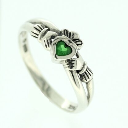 claddagh_kiss_emerald2