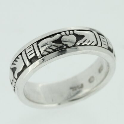 claddagh_spinning_ring