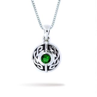 surround_knot_with_emerald_quartz