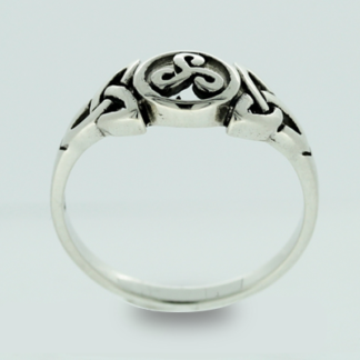 triskelle_trinity_knot_ring